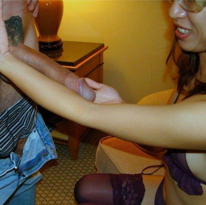 Amatőr szexképek – nagyra-vágyó lány