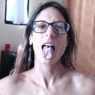 A szemüveg védi is a szemet a spermától