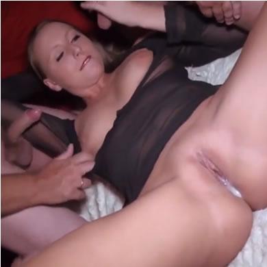 Amatőr csoportos szex